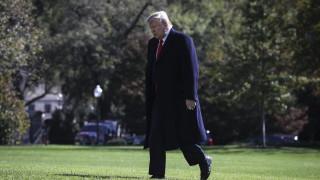 Тръмп настоя да се разкрие разобличителят, заради който започна процедурата по импийчмънт