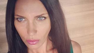 Мария Силвестър стана на 40