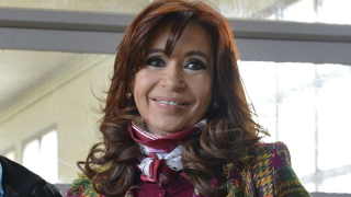 Обискираха офиси на експрезидента на Аржентина Кристина де Киршнер