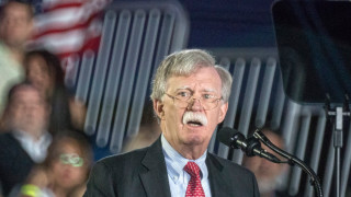 Болтън не участва в спекулации за ракетни тестове на КНДР