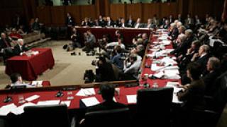 Финансовата реформа на Обама забуксува в Сената