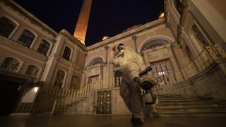 Заразените с новия коронавирус в Турция набъбват, в Китай - почти само от чужбина