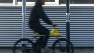 Зарядни станции за е-велосипеди от пепелниците по гарите в Нидерландия