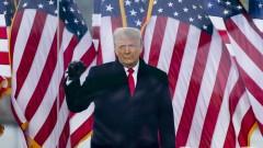 Тръмп напуска Белия дом с най-ниския рейтинг на одобрение