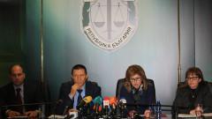 Официално: Росен Ангелов е шесторният убиец; Правната комисия отхвърли ветото на президента върху антикорупционния закон