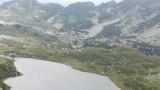 Пожар гори край Сухото езеро в Рила