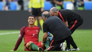 Контузията на Роналдо не е лека
