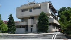 Търговците в Свищов с обекти върху земя на Стопанската академия отказват да спрат работа