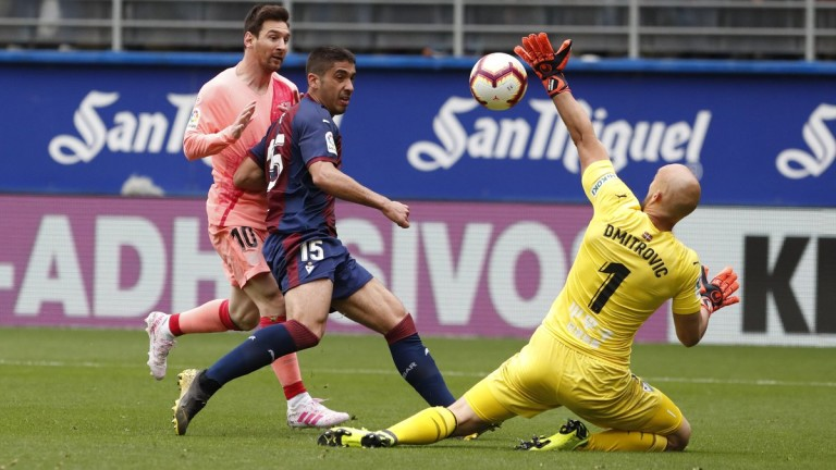 Капитанът на Барселона Лионел Меси вкара двата гола за равенството