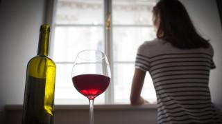 Алкохолът - враг, а не спасение по време на карантина