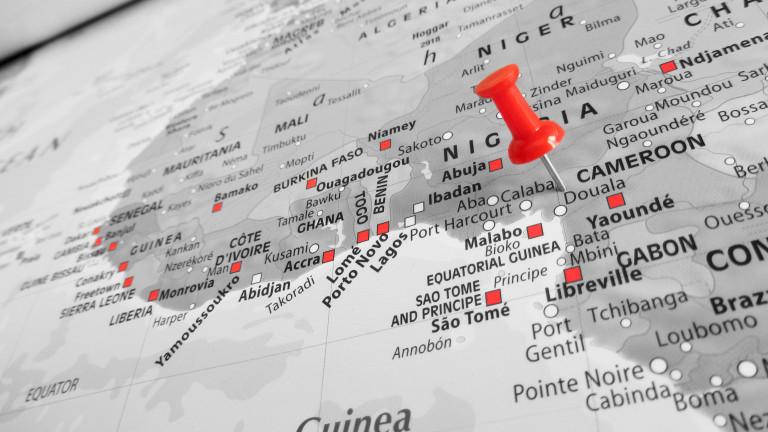 Най-малко 34 изчезнали след потъването на военен кораб край Камерун