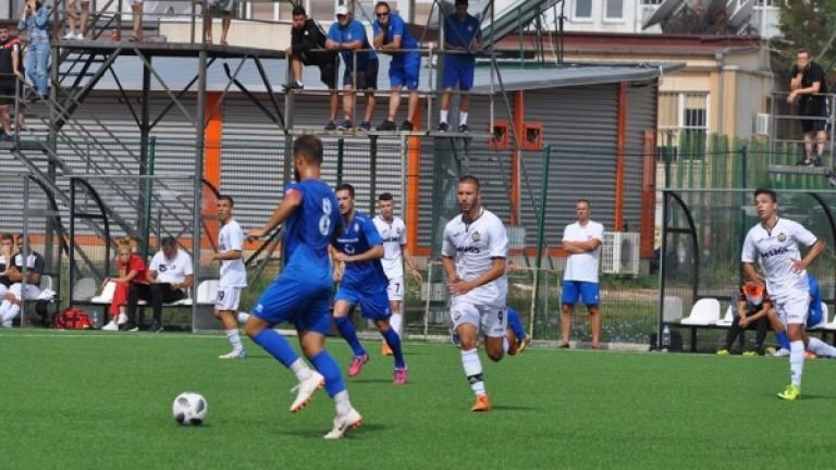 Спартак (Пловдив) представя на феновете футболистите на мъжкия тим и