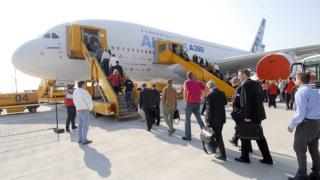 ЕС събира данни за пътниците в самолетите по американски образец