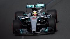 Хамилтън: Моля се за Шумахер всеки ден
