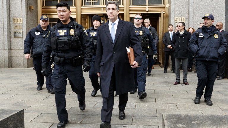 Майкъл Коен отива в затвора за 3 години