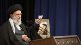 Хаменеи заплаши: Иран може да удари Тръмп, докато играе голф