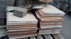 Хванаха председателя на БСП в Карабунар да краде тротоарни плочки