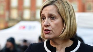 Социалният министър на Великобритания Амбър Ръд подаде оставка