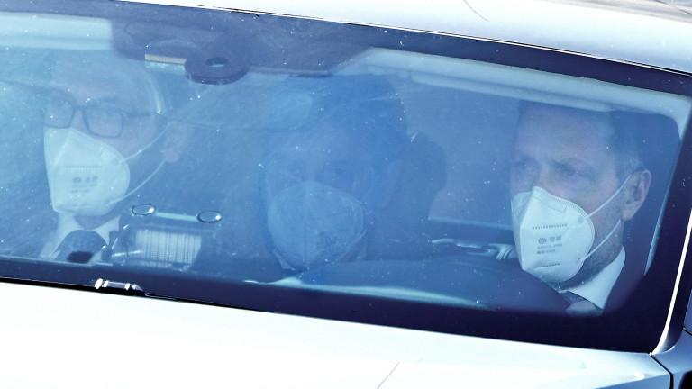 Премиерът на Италия Джузепе Конте подаде оставка, съобщават световни агенции.
