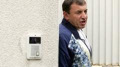 Алексей Петров посрещна гости, готви разкрития