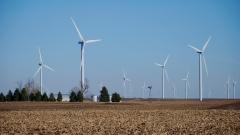 Великобритания вече добива повече ток от вятър, отколкото от въглища