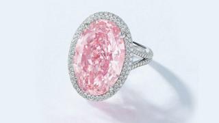 Продадоха рядък розов диамант на търг за 32 милиона долара