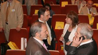 НДСВ делегатите искат излизане от коалицията