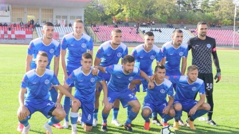 Черноморец крачи смело към Втора лига