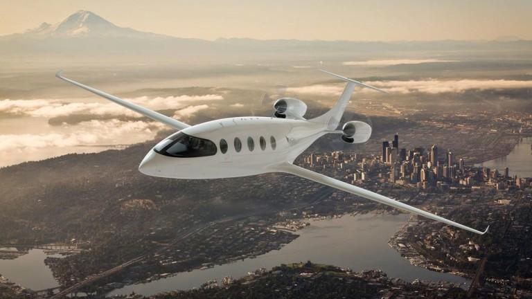 Нов електрически самолет прави първия си полет тази година