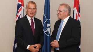 Австралия и НАТО подновиха отбранителен договор