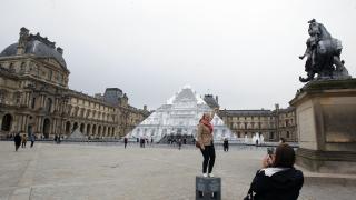 2 милиона по-малко туристи в Париж след терористичните актаки