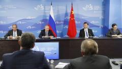 Си Дзинпин призова Москва и Пекин заедно да се борят с протекционизма