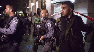 """Израел изпраща """"стотици"""" войници в Западния бряг"""