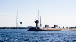 Руските власти признаха за радиоактивни понтони на брега край Ньонокса