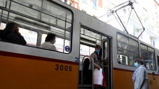 От ЦГМ призовават гражданите да ползват маските в градския транспорт