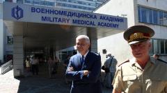 България има много лекари, на които да подражаваме, убеден д-р Шарков