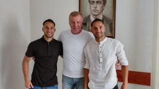 Свърши се: Братя Цоневи подписаха нови договори с Левски