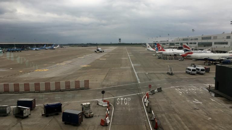 Белгия затвори въздушното си пространство за самолети заради технически проблем,