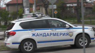 Издирват няколко мъже за въоръжен грабеж в района на Елин Пелин