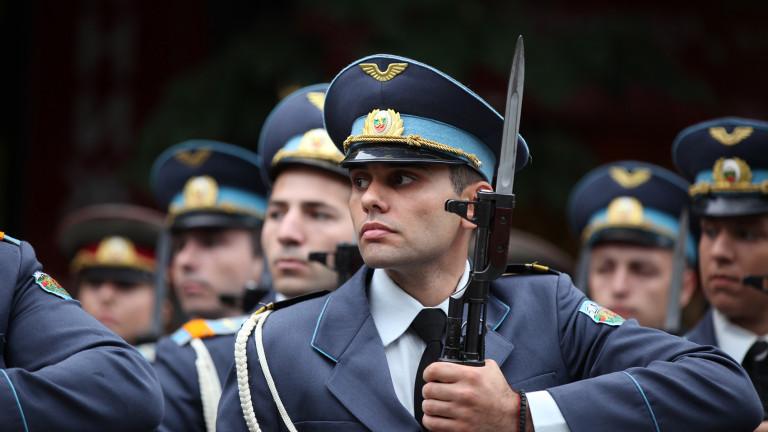 Авиофакултетът в Долна Митрополия не може да се възстанови като Военно училище