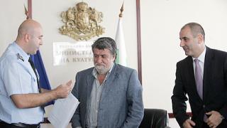 """Рашидов – """"златен"""" шофьор и звезда на пътя"""