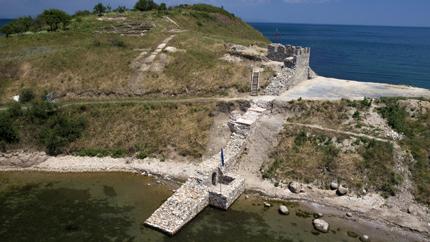Отвориха за туристи крепостта Акра
