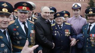 Путин в Деня на победата: Русия ще защитава твърдо националните си интереси