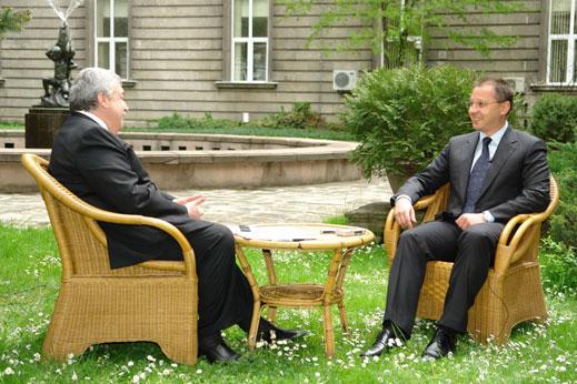 Станишев: От опозицията не може да се очаква нищо градивно