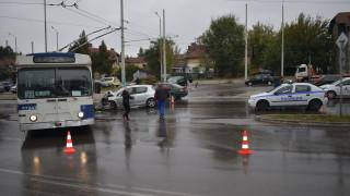 Катастрофа между кола и тролейбус в Русе взе жертва