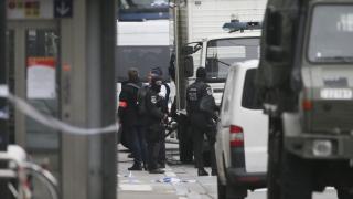 Студент със зимно палто предизвика бомбена тревога в Брюксел