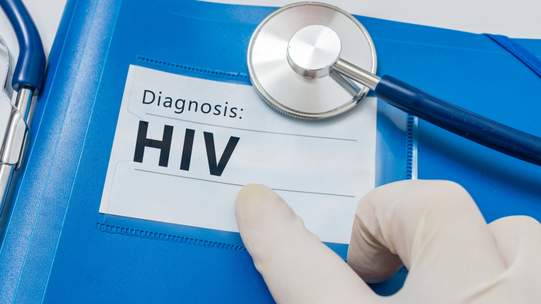 България е на кръстопът между две ХИВ епидемии