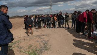 Демонстранти искат затваряне на мигратски лагер в Марсилия