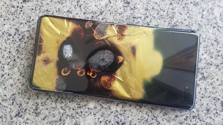 Samsung Galaxy S10 5G се запали след удар