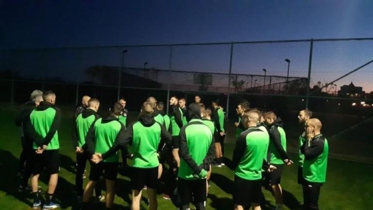 По план: Двуразови тренировки за футболистите на Хебър в Турция